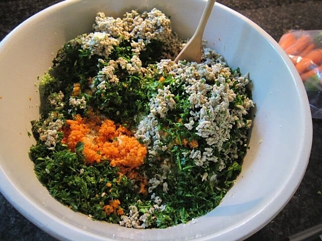 Quick & Easy Detox Salad   Real Food RN