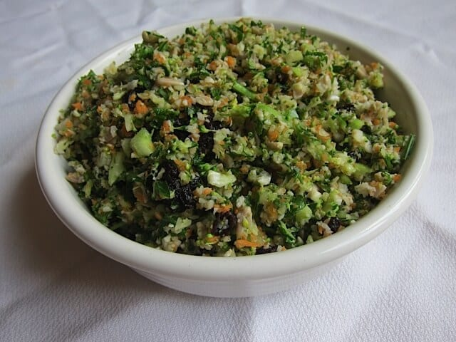 Detox salad whole foods copycat recipe quick easy detox salad real food rn forumfinder Gallery