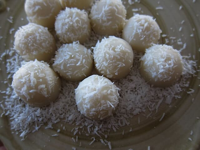 Healthy Coconut Snowballs | Real Food RN