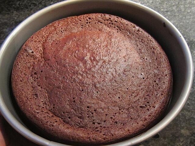 Flourless Chocolate Cake {paleo}   Real Food RN