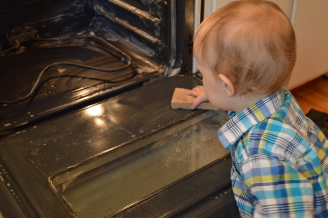 DIY Non Toxic Oven Cleaner That Works!   Real Food RN
