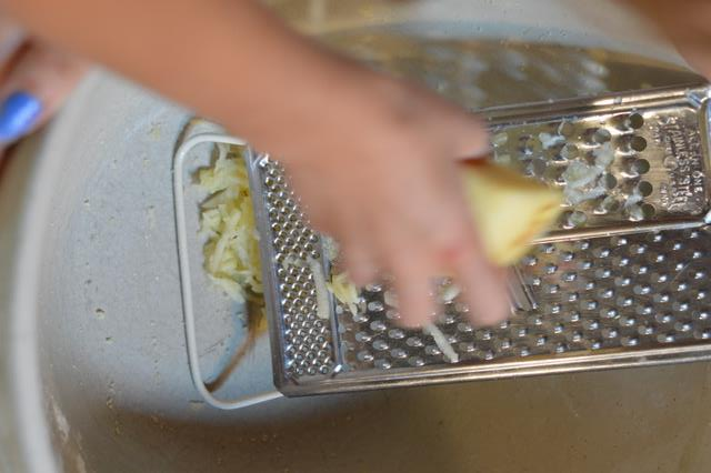Polish Grain Free Apple Pie Recipe - Grate Apples | Real Food RN