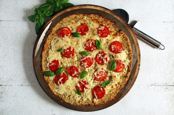 Grain-Free Fresh Tomato & Basil Cauliflower Pizza