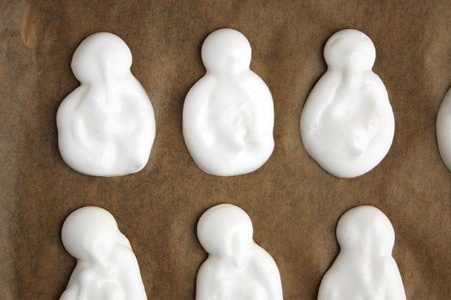 Keto Snowmen Meringues | Real Food RN