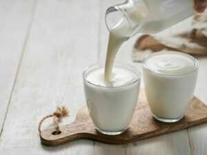 How to Make Raw Milk Kefir | Real Food RN