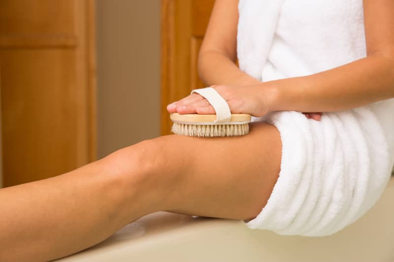 A Mom & Nurse's Guide to Dry Brushing Skin and Why It's Beneficial | Real Food RN