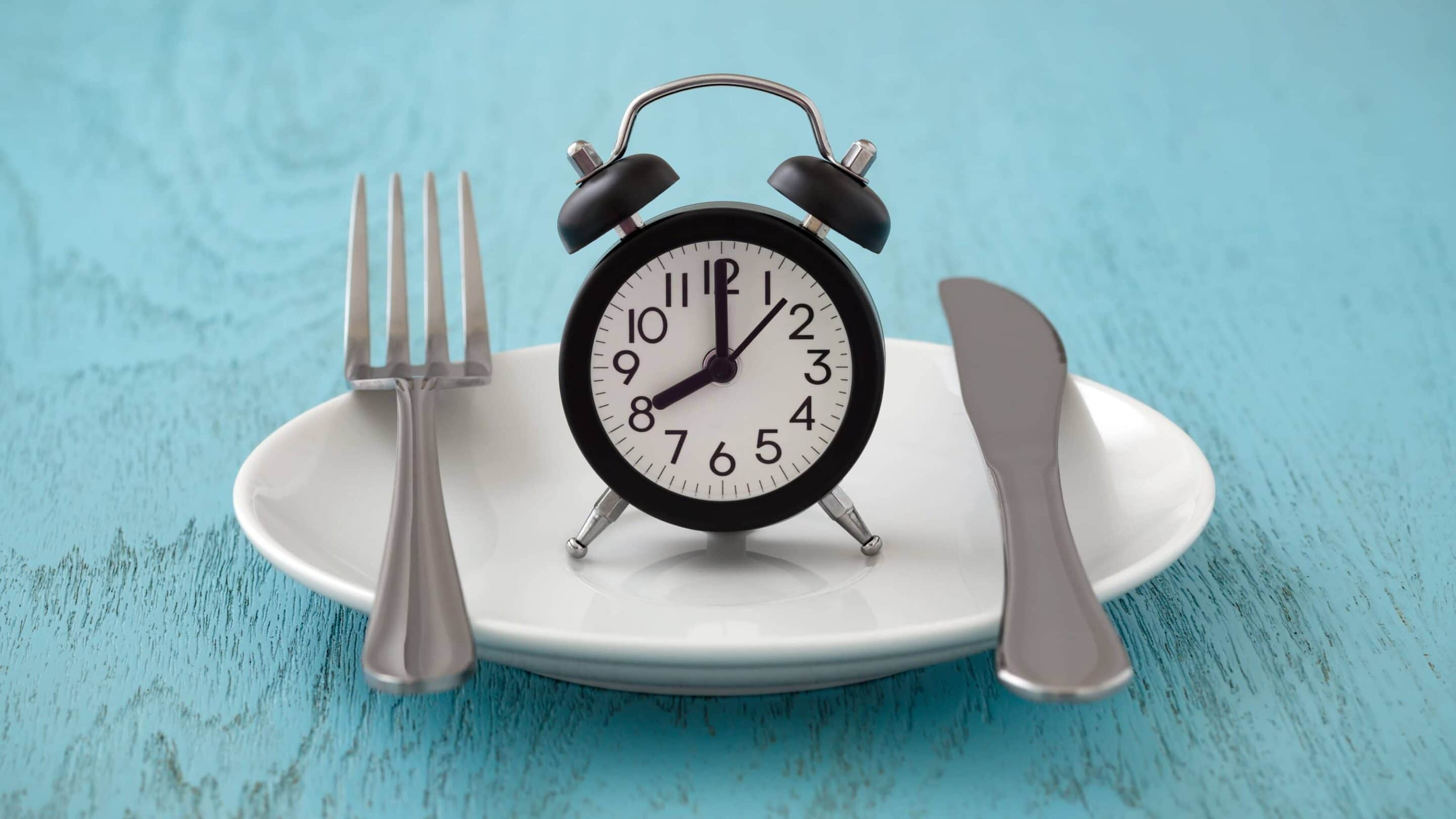 How to Do Intermittent Fasting: A Nurse Answers Your Most Common Questions | Real Food RN